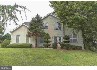 11 W Bellwood Dr Feasterville-Trevose Four BR, Welcome to your