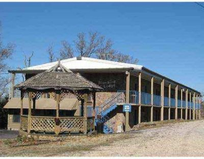 $850,000 Own your own Motel/Resort in Eureka Springs, AR
