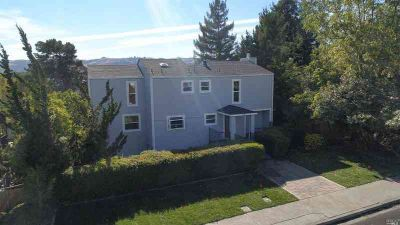 360 West J Street Benicia Five BR, beauty! Located 2 blocks from