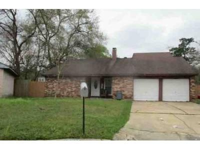 3 Bed 2 Bath Foreclosure Property in Crosby, TX 77532 - Bitts Ct