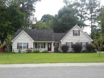 4 Bed 2 Bath Preforeclosure Property in Richlands, NC 28574 - Brookhaven Dr