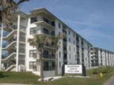 Exclusive Oceanview Vacation Condo Rental Ormond Beach Florida - Condo