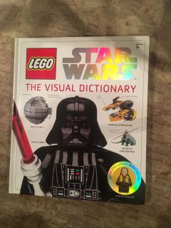 Lego Star Wars - The Visual Dictionary large hardcover - includes never used Luke minifigure