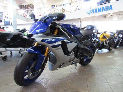 2016 Yamaha YZF-R1 SuperSport Motorcycles Irvine, CA
