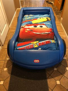 Car Bed w/Mattress and Bedding