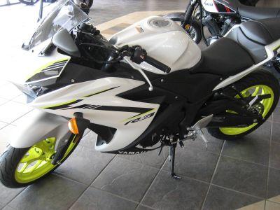 2018 Yamaha YZF-R3 ABS SuperSport Motorcycles Shawnee, OK