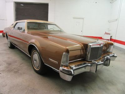 1974 Lincoln Continental Mark IV (Brown)