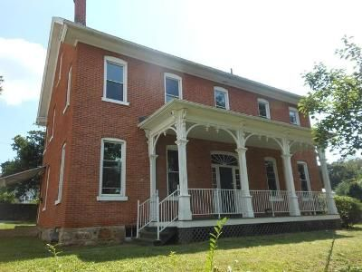 5 Bed 3.5 Bath Foreclosure Property in Altoona, PA 16602 - 2nd Ave