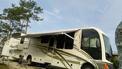 2004 Fleetwood Pace Arrow 37A