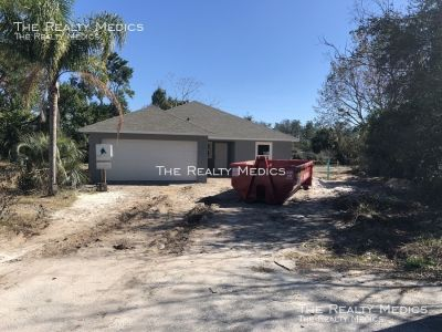 3 bedroom in Deltona