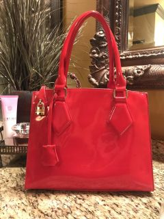 Red Patten Leather Purse