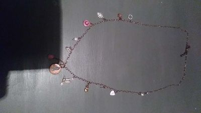 Express necklace