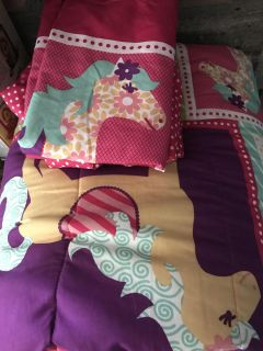 Girls horse twin size bedding