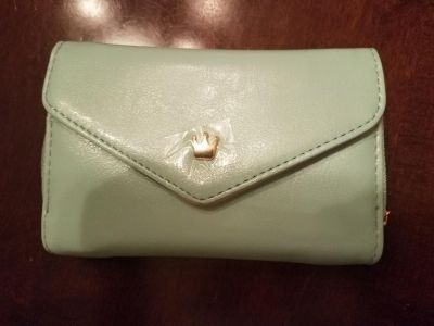 Baby Blue Crown Smart Pouch Wallet