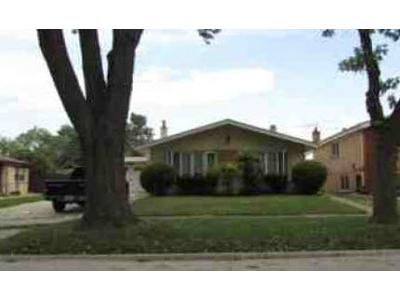 3 Bed 3 Bath Foreclosure Property in Oak Lawn, IL 60453 - Lawler Ave
