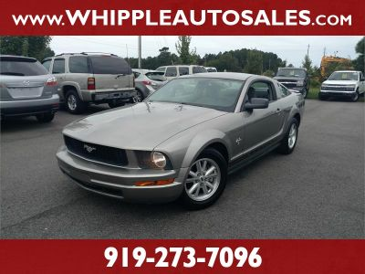 2009 Ford Mustang V6 Deluxe (Grey)