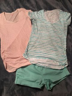 2 maternity tees and turquoise shorts