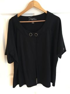 *NEW* Without Tags SOFT BY AVENUE Women s Black 2 Button Cardigan Size 22/24