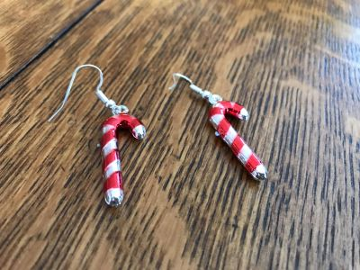 Candy cane earrings !! Never worn!!