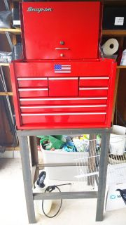 Snap-on - Road Chest, Heavy Duty, 8 Drawers, Red and stand.