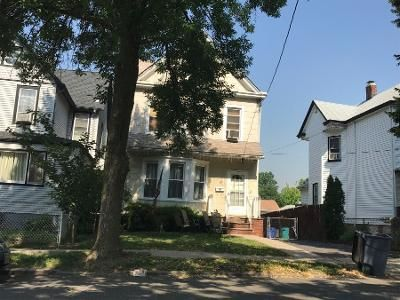 3 Bed 2 Bath Preforeclosure Property in Ridgefield Park, NJ 07660 - 6th St
