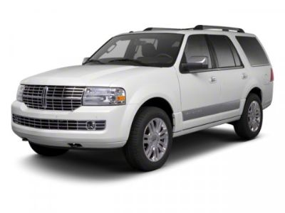 2013 Lincoln Navigator Base (Tuxedo Black Metallic)