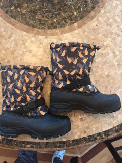 Boys Northside Snow Boots Size 6