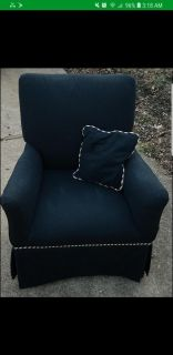 Child accent chair