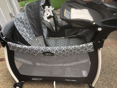Graco Rittenhouse play yard, bassinet, and changing station. Great condition.