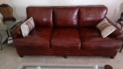 Burgundy Leather Couch like new