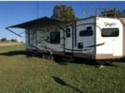 2017 Forest River Flagstaff V-Lite 30wfkss Camper Trailer