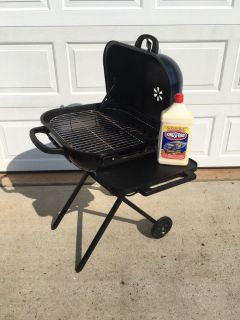 Charcoal Grill w/Lighter Fluid