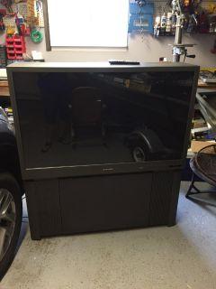 """Mitsubishi 48"""" TV"""