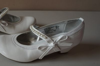 Girls American Eagle White Dress Shoes Size 1