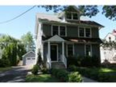 Four BR/2.One BA Single Family Home (Detached) in Pennington, NJ