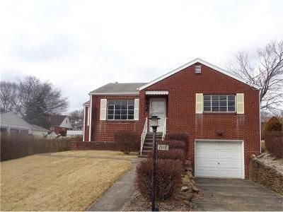 2 Bed 2 Bath Foreclosure Property in Natrona Heights, PA 15065 - 10th Ave