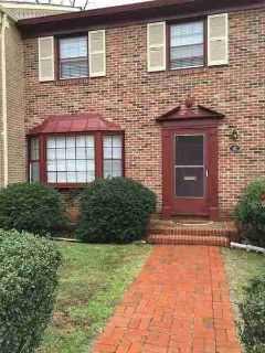 117 Georgetown Grn CHARLOTTESVILLE Three BR, Three story town