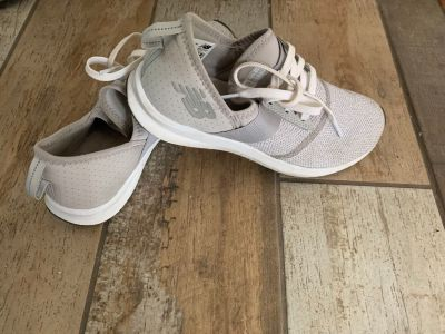 Women s size 7.5 New Balance natural gym shoes