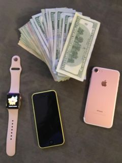 Cash for iPhones,apple watches , and iPads
