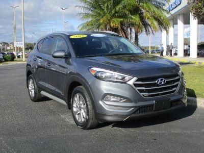 2018 Hyundai Tucson SEL (Coliseum Gray)