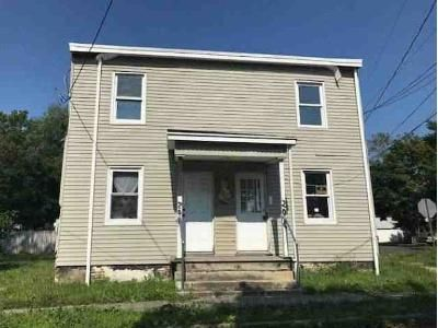 4 Bed 2 Bath Foreclosure Property in Hightstown, NJ 08520 - S Academy St
