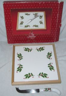 All the Trimmings Tile Trivet w/ Cheese Knife Christmas Serving Piece Holly / Berries Pattern
