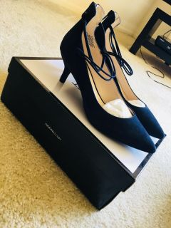 Nine West suede pumps, new with box