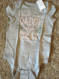 Super cute gap onesie new with tags 6 to 12 month
