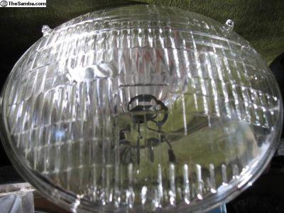 NOS Headlamp 6 volt Head Light 6006 Sealed Beam