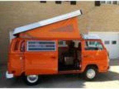 1974 Volkswagen Bus Vanagon Westfalia Very Clean