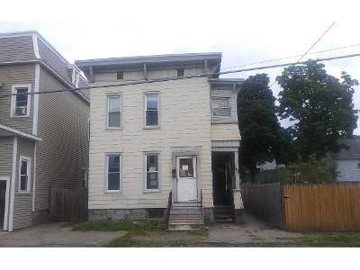 6 Bed 2 Bath Preforeclosure Property in Amsterdam, NY 12010 - Division St