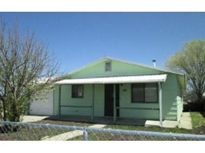 3 Bed 1.5 Bath Foreclosure Property in Las Vegas, NM 87701 - 2nd St