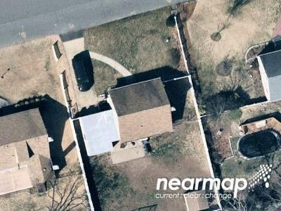 Preforeclosure Property in West Islip, NY 11795 - Kurzon Rd
