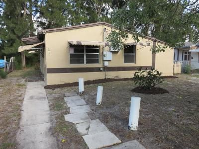 3 Bed 1 Bath Foreclosure Property in West Palm Beach, FL 33407 - Pinewood Ave